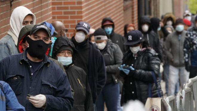 Imigrasi ke AS akan ditangguhkan di tengah pandemi, kata Trump